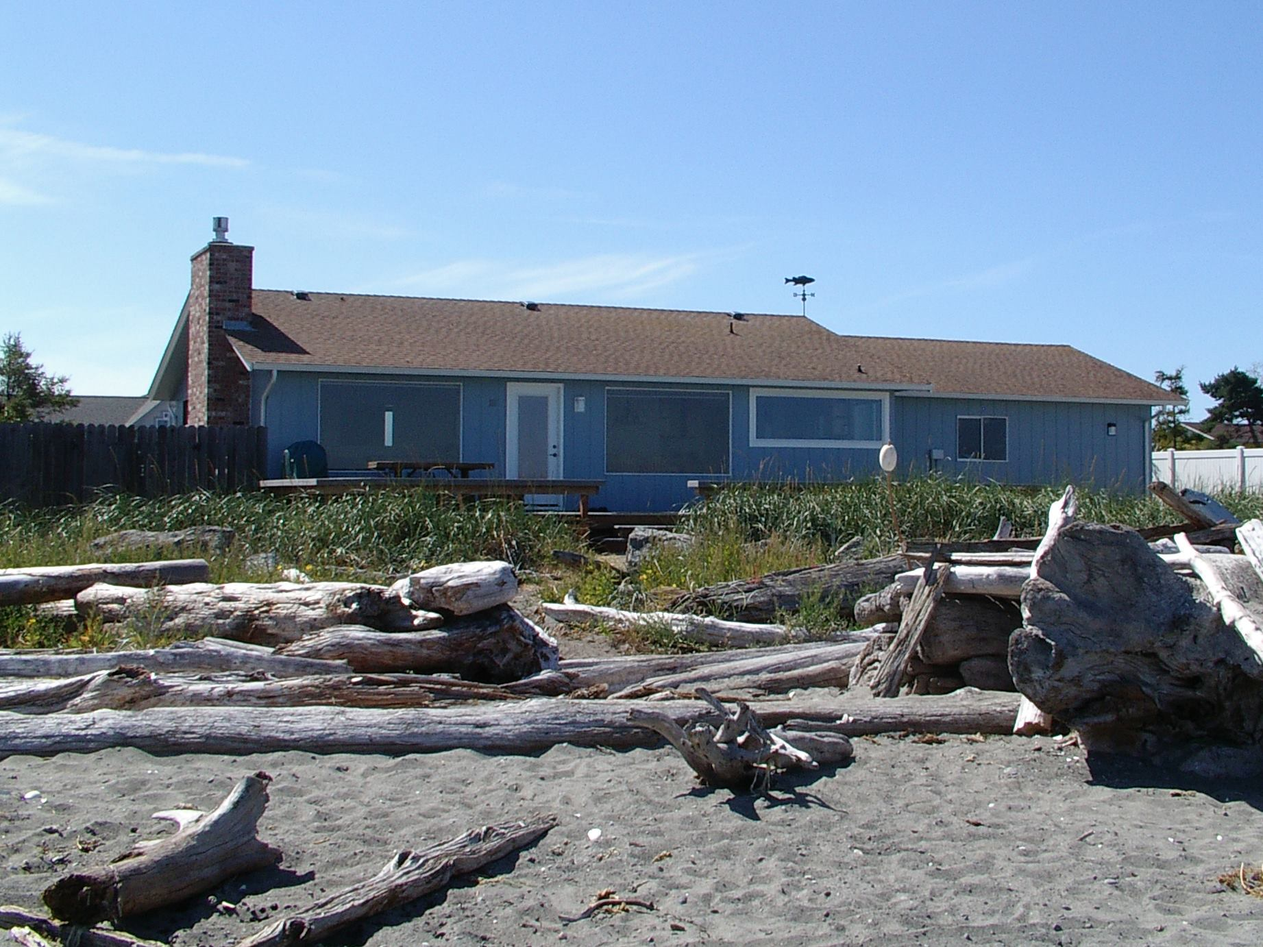 3 Crabs Beach House Gallery
